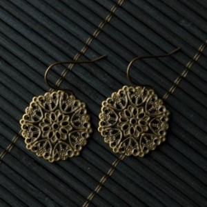TBP antique gold metal lattice on nickel and lead free hook .85 in