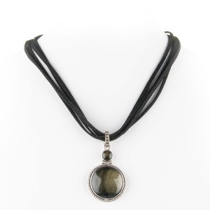agate pendent