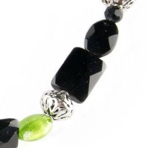 TBP onyx n grn lwg short necklace1