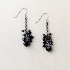 tbp-blk-onyx-beads-cluster-dangle-erg