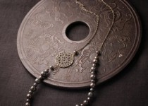 brass-and-ceramic-necklace